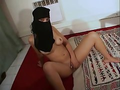 Amateur, Arab, French